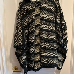 Black and White Knit Blanket Poncho
